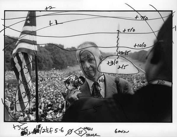 Henri Cartier-Bresson at the March on Washington. Photo by Bob Henriques, printing annotations by Pablo Inirio