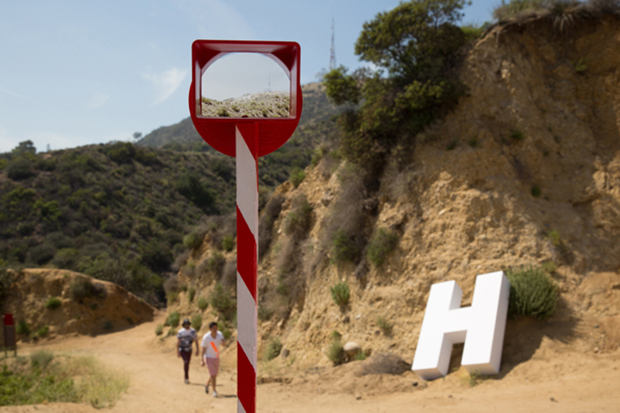 UK architects make the Hollywood sign disappear