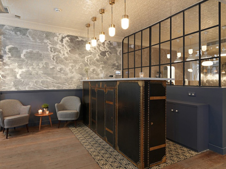Young designer creates new boutique hotel in paris for Modern boutique hotel