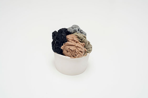 The ice cream from Davide Balula, Painting the Roof of your Mouth (Ice Cream), 2015. Installation, dimensions variable. Courtesy Galerie Frank Elbaz, Paris and François Ghebaly Gallery, Los Angeles. With the support of Noirmontartproduction, Paris