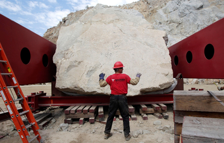 Michael Heizer's 340-ton Levitated Mass on the move