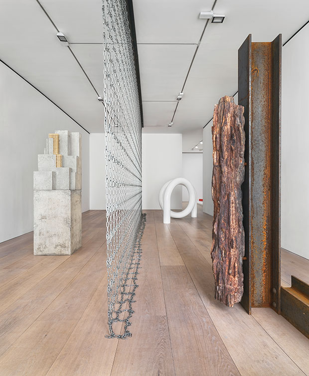 nstallation view from the 2015 solo exhibition The Plastic Unit at David Zwirner, London Courtesy David Zwirner, New York/London - Carol Bove