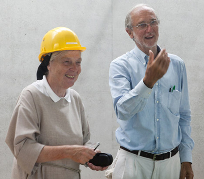 Sister Brigitte de Singly and Renzo Piano visiting the site