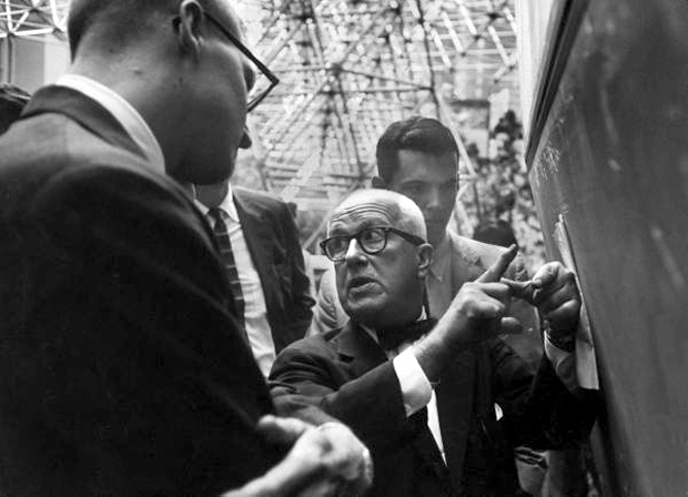 Buckminster Fuller explaining the Dymaxion Building  September 1959 - Joel Yale