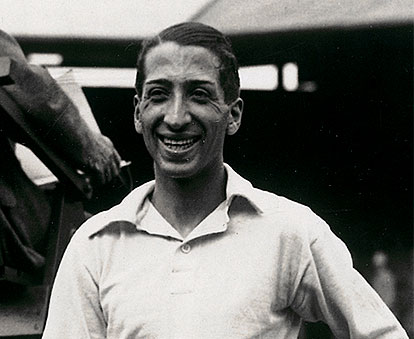 René Lacoste in an early version of his shirt