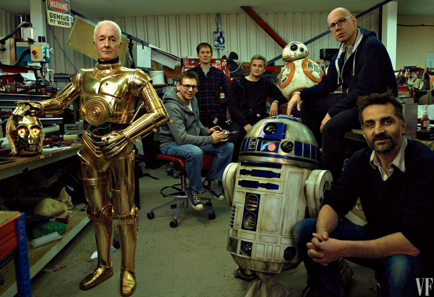 Anthony Daniels as C-3PO, with droids R2-D2 and BB-8 and the Droid Department's Brian Herring, Dave Chapman, Matthew Denton, Lee Towersey, and Joshua Lee. Photograph by Annie Leibovitz. Image courtesy of Vanity Fair
