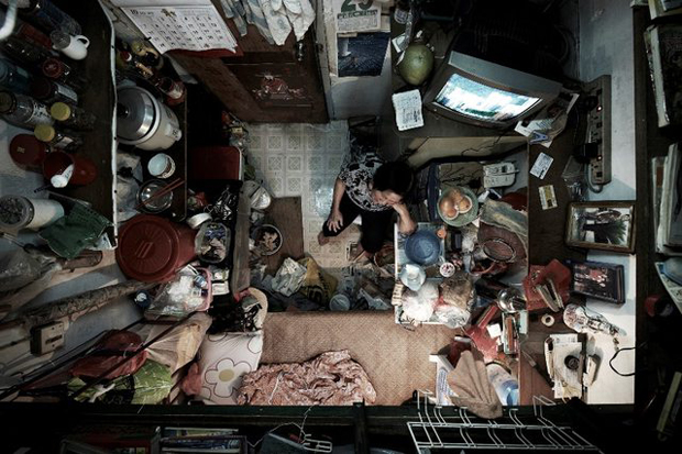 Benny Lam photographs life in a shoebox