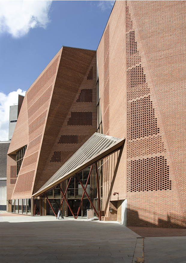 Saw Swee Hock Student Centre - O'Donnell + Tuomey Architects