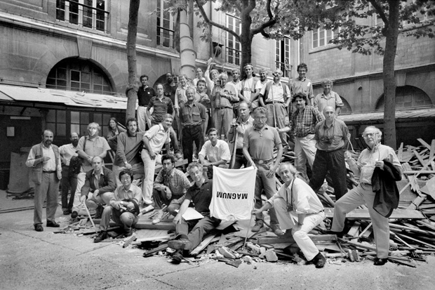 The photographers of the Magnum Photo Agency with René Burri to the right holding the teeshirt