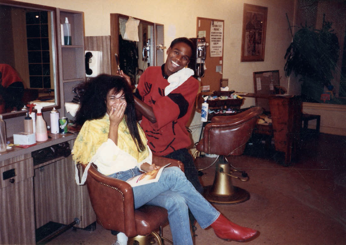 The artist working in his mother's beauty shop Foxyé Fair, Leimert Park, Los Angeles, c. 1980. Image courtesy of the artist, as reproduced in our new Mark Bradford book