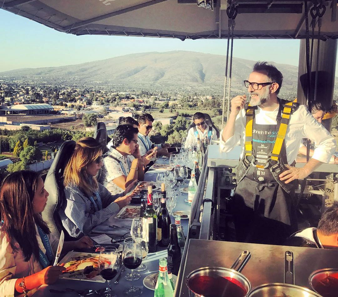 Massimo Bottura at Dinner in the Sky Mexico. Image courtesy of Milena Yanes' Instagram