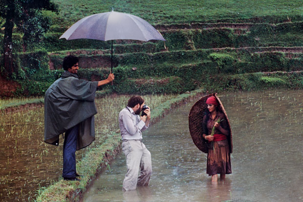 Steve McCurry photographing in Nepal, 1983