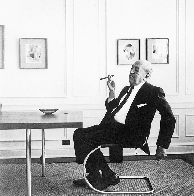 Mies van der Rohe on the S 533 Thonet chair which he designed in 1927