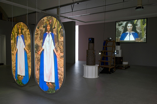 Switching Marys (2004–05) by Mike Kelley. Photo by Fredrik Nilsen