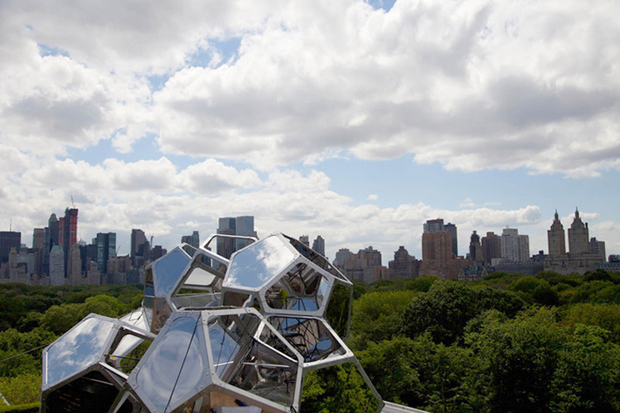 Tomás Saraceno - Cloud City, New York 2012