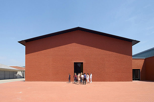 Herzog & de Meuron design new gallery for Vitra