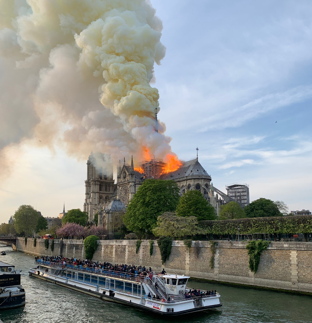 A Phaidon author witnesses the Notre Dame fire