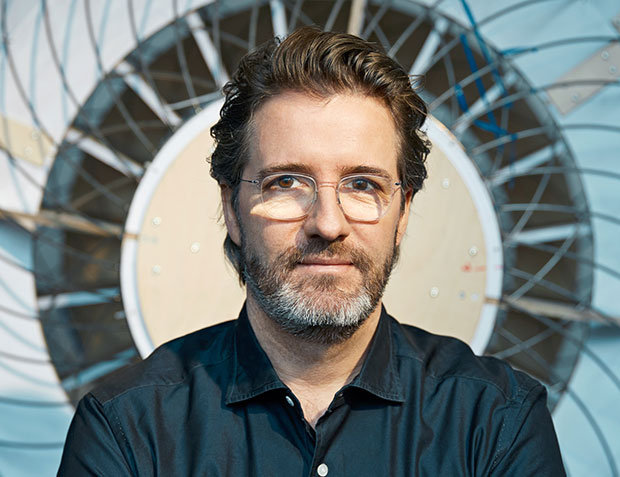 olafur eliasson beauty essay Olafur eliasson's anti-sublime enchantment by an expression of mass love or an essay in mass research is the operative mode for olafur eliasson.