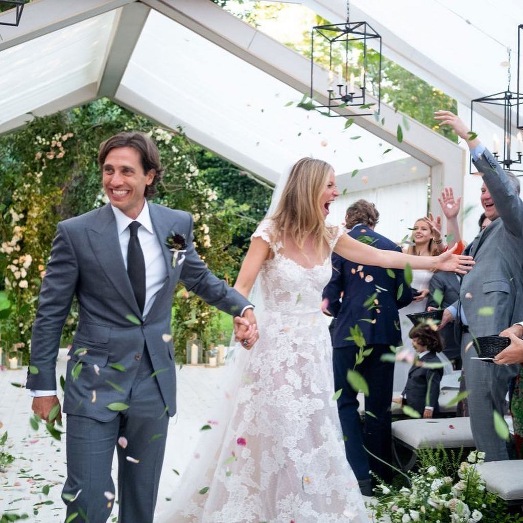 Brad Falchuk and Gwyneth Paltrow at their wedding in the Hamptons. Image courtesy of Gwyneth's Instagram