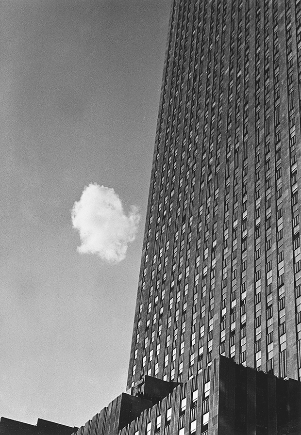 Lost Cloud, New York, 1937 - Andre Kertesz