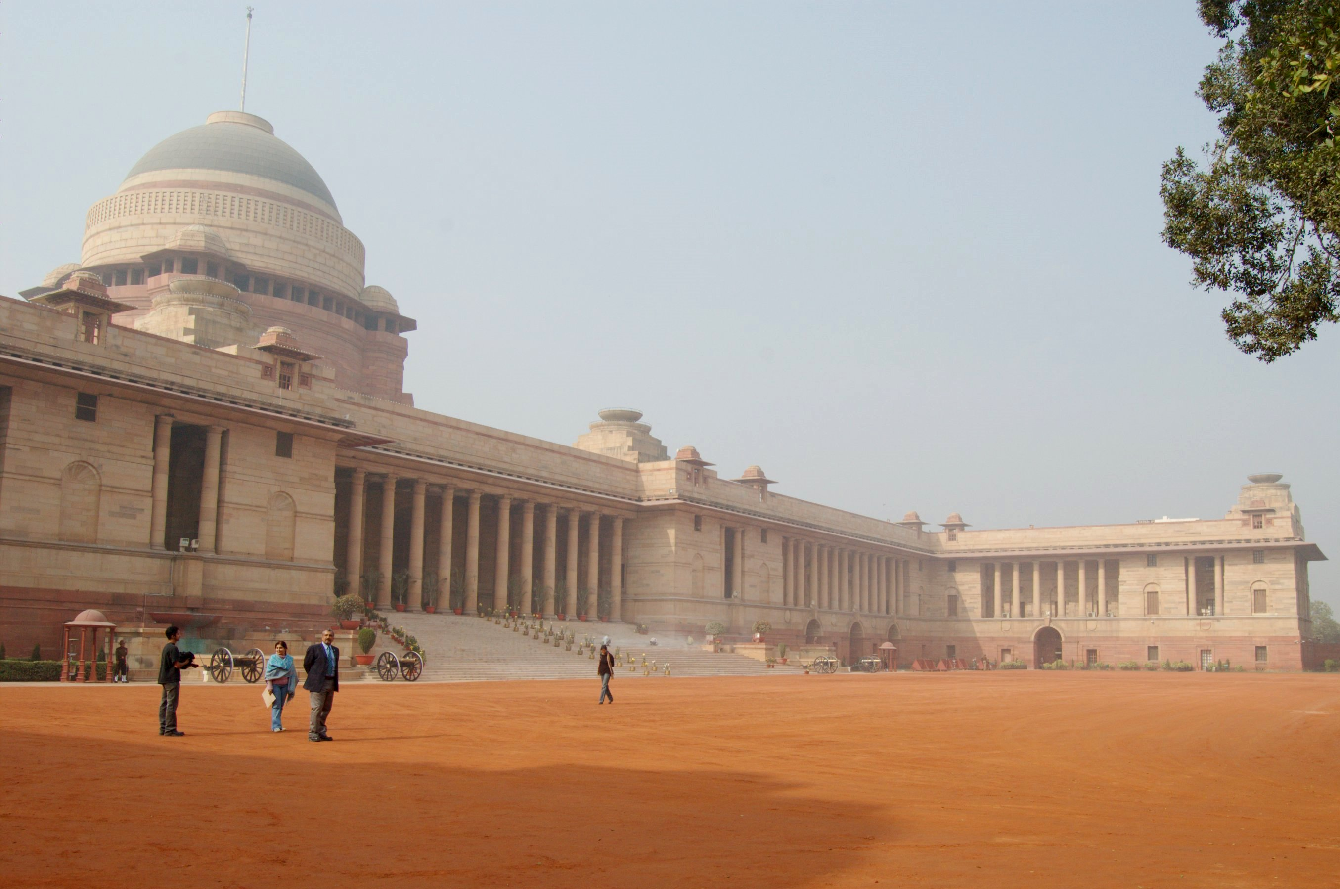 Rashtrapati Bhavan, New Delhi. Photograph by Scott Dexter, courtesy of Wikimedia Commons