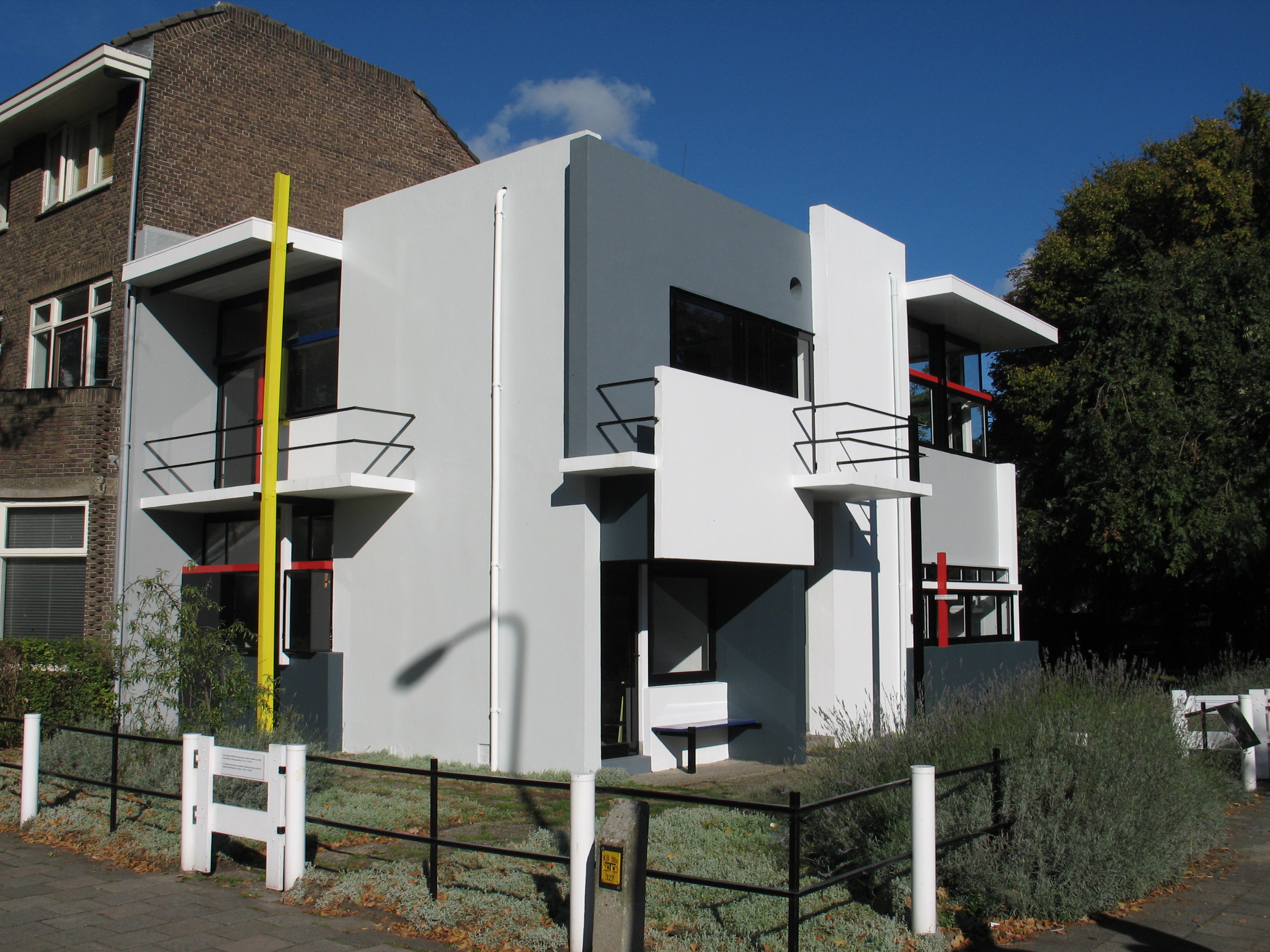 Gerrit rietveld chair for sale - The Schr Der House By Gerrit Rietveld
