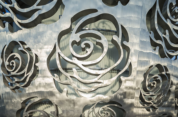 China's Rose Museum puts the petal to the metal