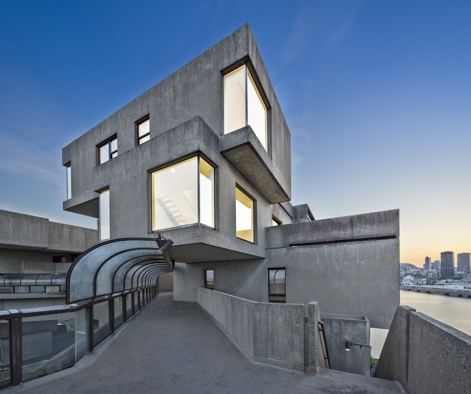 The newly refurbished unit at Habitat 67. Photograph by Marc Cramer & Thomas Miau