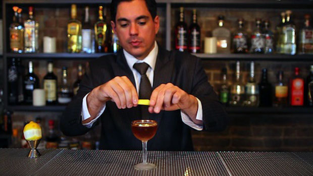 How you got a drink from the world's best bar man
