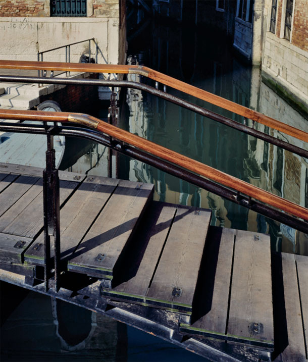 Carlo Scarpa, Fondazione Querini Stampalia Renovations, bridge handrails supported on double, vertical black steel posts
