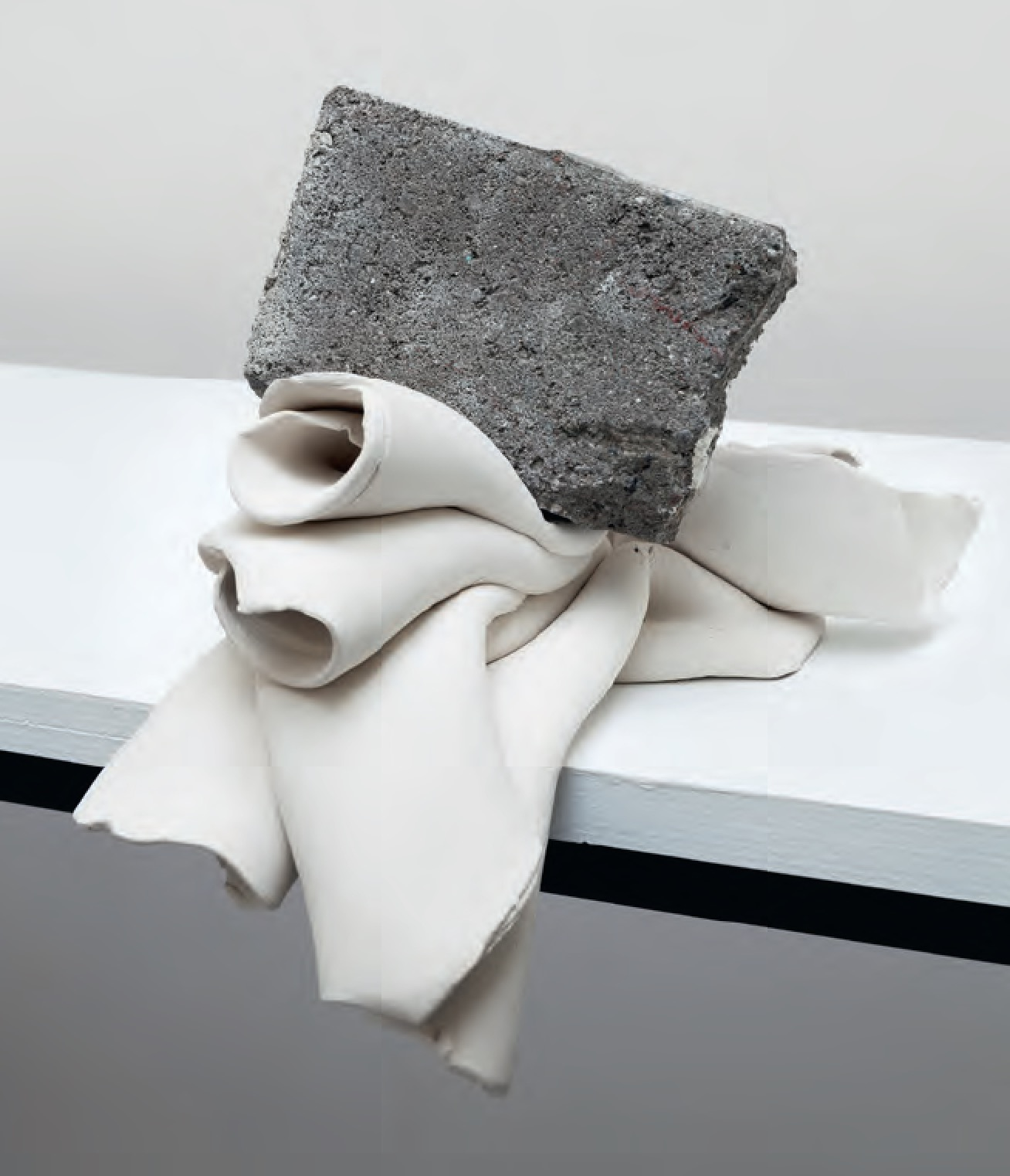 Untitled (with brick), 2014 Unglazed ceramic, concrete – Marco Chiandetti