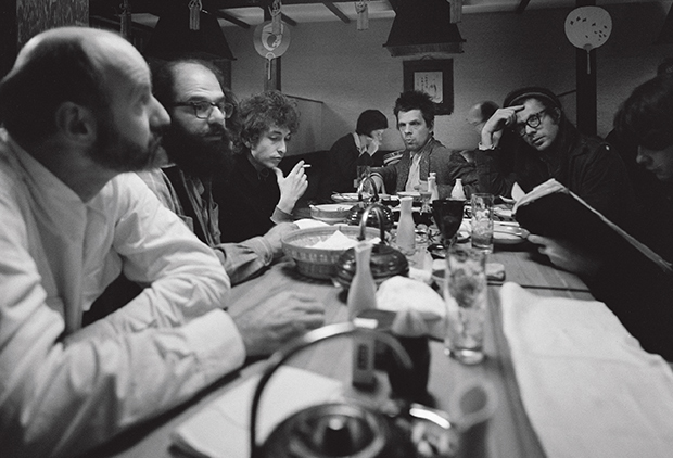 (l-r) Lawrence Ferlinghetti, Allen Ginsberg, Bob Dylan and Peter and Julian Orlofsky photographed by Ettore Sottsass, San Francisco, USA 1965