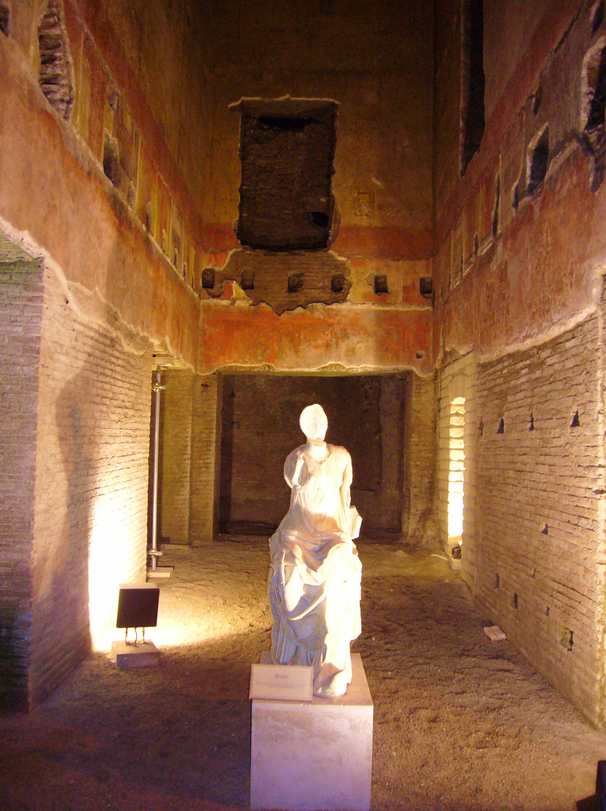 A room in the Domus Aurea as it looked in 2007