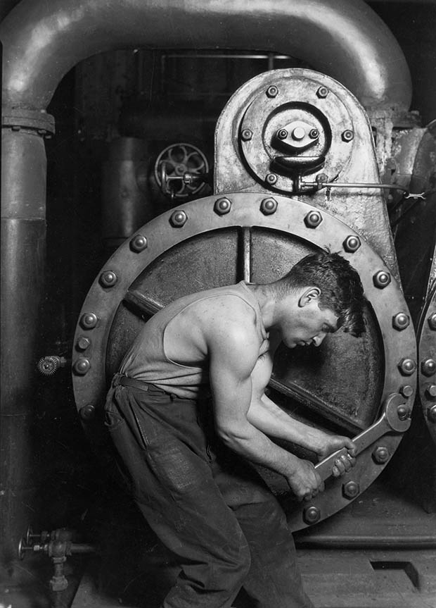 Photos That Changed The World – Steamfitter