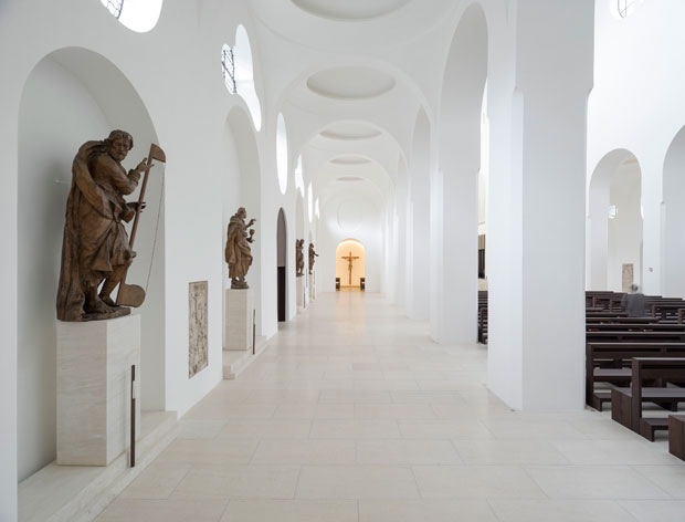 St Moritz Church, Augsburg, Germany - John Pawson (photo by Gilbert McCarragher)