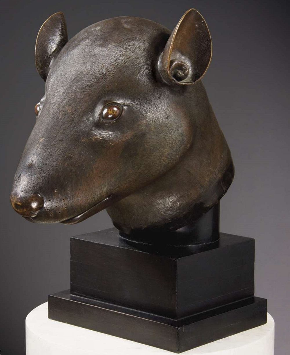 The rat bronze, returned by Pinault