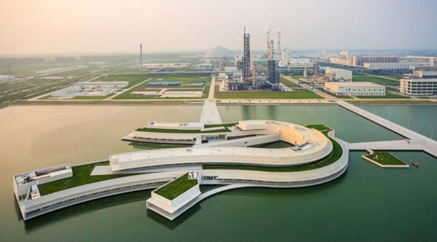 Álvaro Siza makes his first splash in China