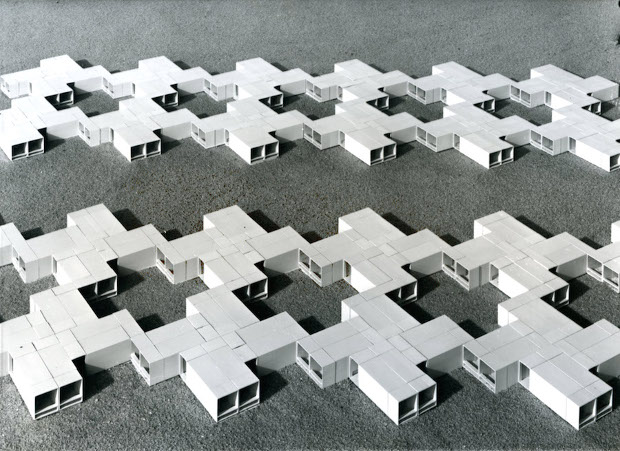 Space units for residential buildings. Students: Bernd Meurer and Willi Ramstein, Instructor: Herbert Ohl. 1961, Industrialised Building. Photo by Roland Fürst. Courtesy HfG-Archiv / Ulmer Museum
