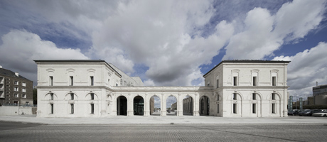 french port turns its station into a theatre architecture agenda phaidon. Black Bedroom Furniture Sets. Home Design Ideas