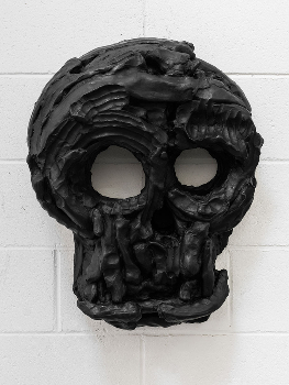 Yet to be titled (hollow nose mask), (2013) by Thomas Houseago