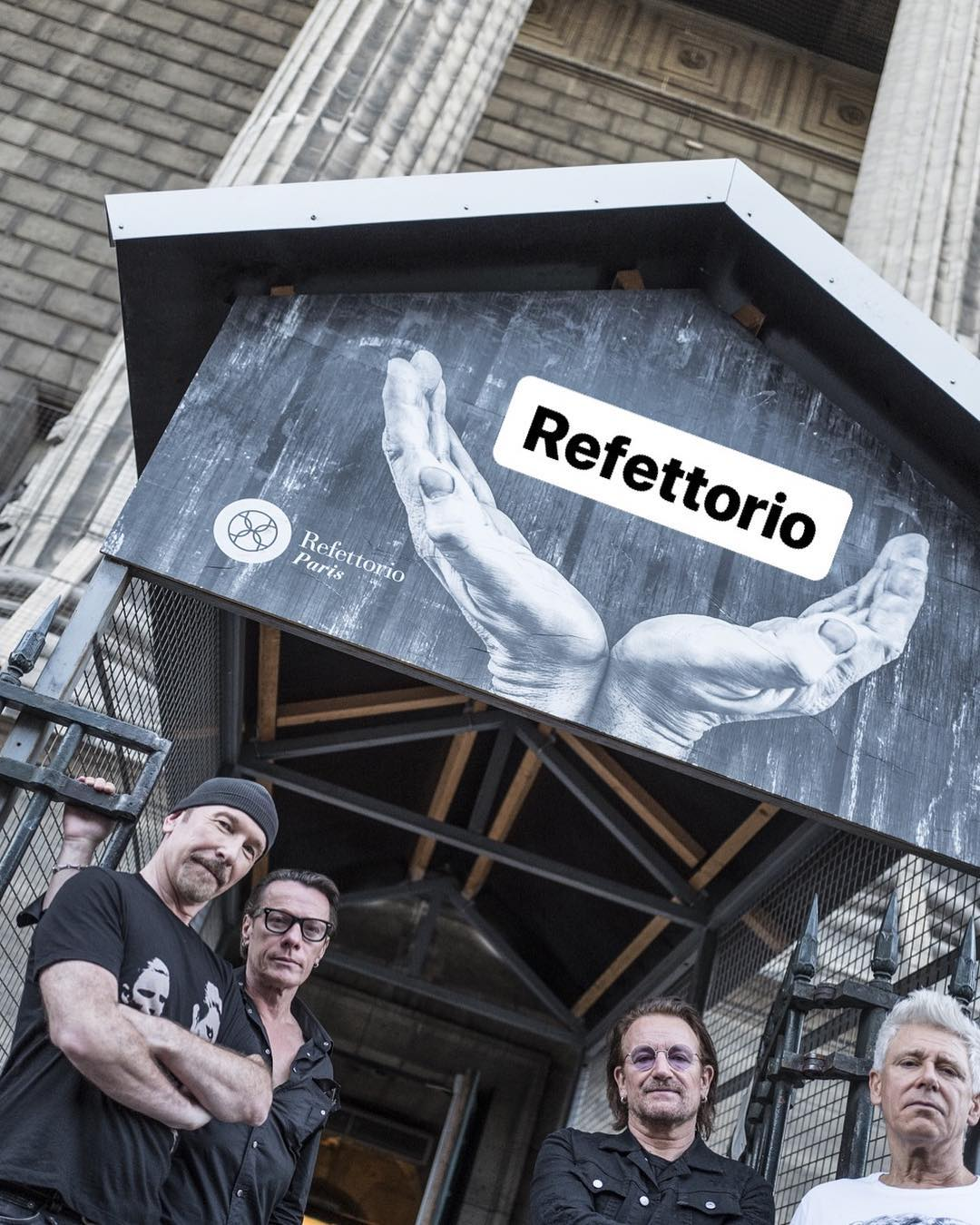 U2 at Refettorio Paris. Image courtesy of Refettorio Paris's Instagram