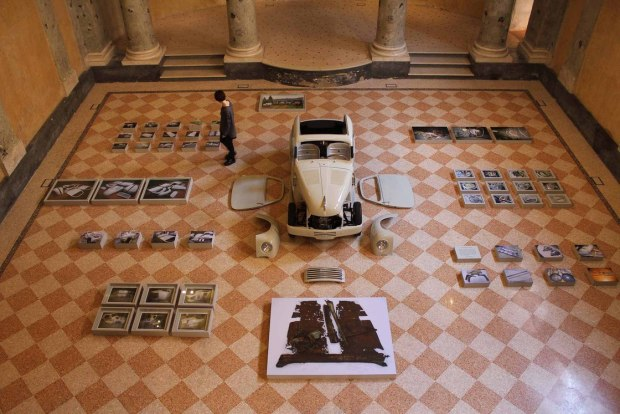 Why is Erik Kessels\' dad\'s car up for a photo prize? | Photography ...