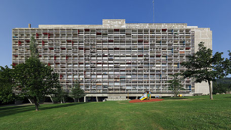 Unité d'Habitation, Firminy. Photo by Ken Ohyama, Creative Commons license