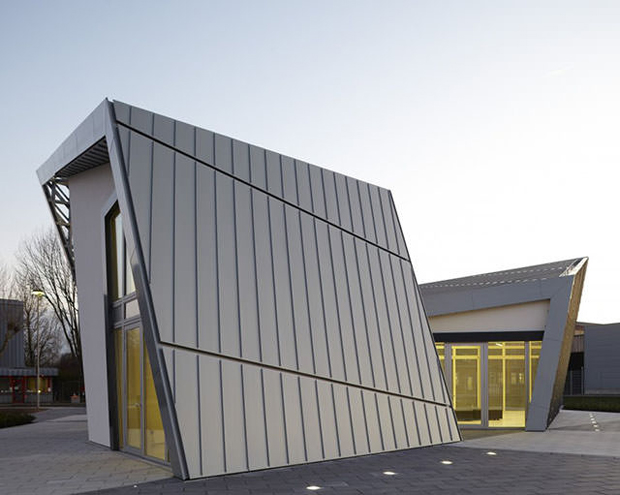Daniel Libeskind Rolls Out Ultimate Prefab Architecture