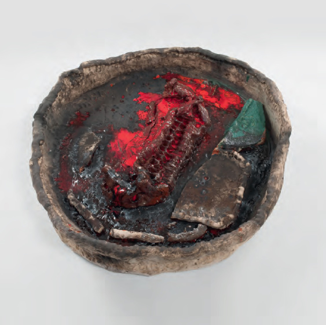 Basin Theology/Camp Routh, 2011 Ceramic - Sterling Ruby - Courtesy Sterling Ruby Studio. Photo: Robert Wedemeyer