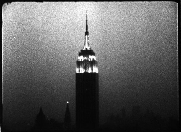 the empire state 39 s twinkling tribute to warhol art agenda phaidon. Black Bedroom Furniture Sets. Home Design Ideas