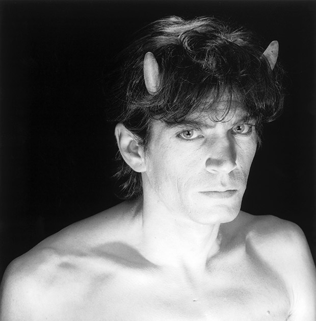 Robert Mapplethorpe, self portrait with horns, 1985