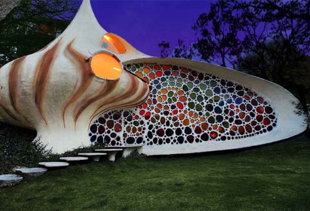 The Nautilus, a work from 2007 by Javier Senosiain