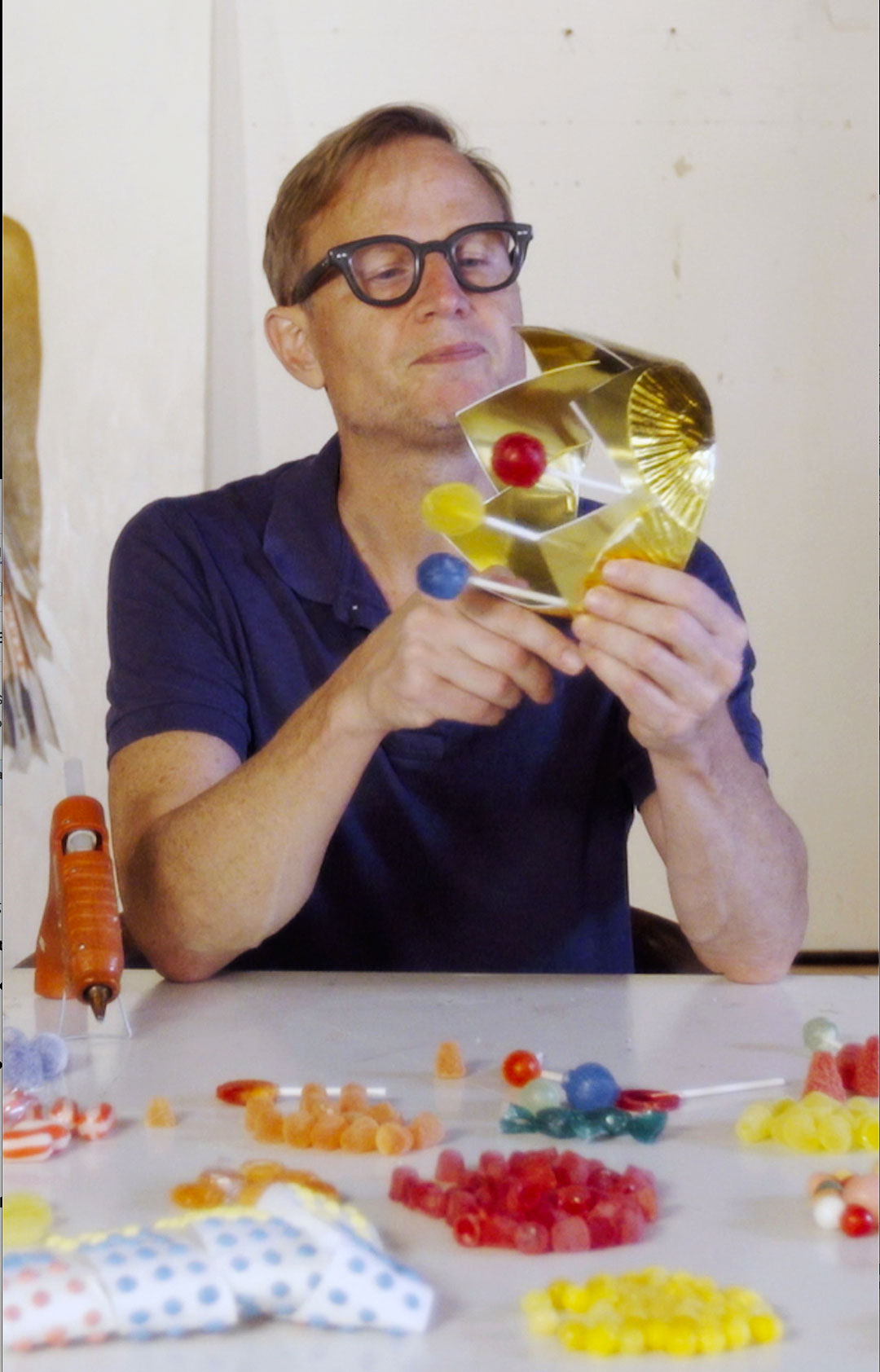 Watch Will Cotton make a candy crown