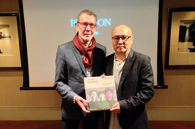 Arne Glimcher loves our Zhang Xiaogang book!